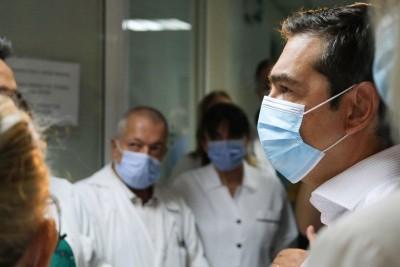 Επίθεση Τσίπρα σε Μητσοτάκη: Οι απώλειες των υγειονομικών είναι ψιλά γράμματα για την κυβέρνηση