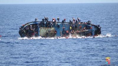 Φόβοι για δεκάδες νεκρούς πρόσφυγες σε ναυάγιο ανοικτά της Λιβύης