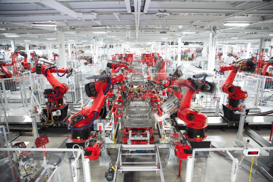 Tesla και BMW συμμετέχουν σε ευρωπαϊκό project παραγωγής μπαταριών ύψους 2,9 δισ. ευρώ