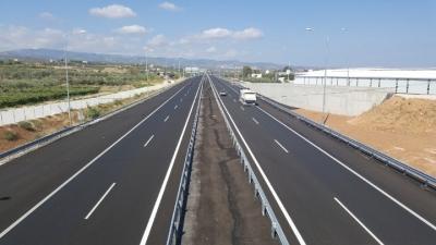 Άρση της απαγόρευσης κυκλοφορίας φορτηγών άνω των 3,5 τόνων στην εθνική Αθηνών - Λαμίας