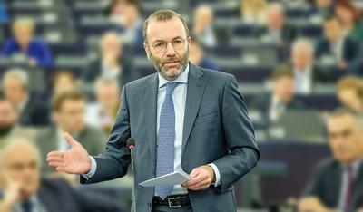 Weber (ΕΛΚ): Η ΕΕ δεν θα επιτρέψει εκβιασμούς από τον Erdogan στο προσφυγικό