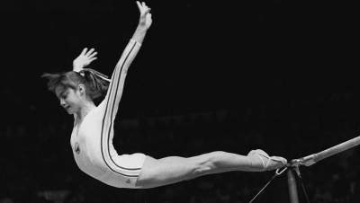 Olympic stories: Νάντια Κομανέτσι, το 14χρονο κορίτσι με το απόλυτο δεκάρι που άλλαξε την ενόργανη γυμναστική!