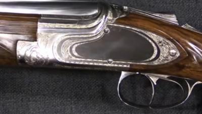 Ένα Browning Β25... σαν το κύμα του νερού