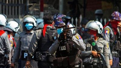 Μιανμάρ: Χάος με νεκρούς και τραυματίες διαδηλωτές – Πυροβολεί αδιακρίτως η αστυνομία