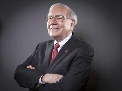 Η Berkshire Hathaway του Warren Buffett «εισβάλλει» στο ελληνικό real estate