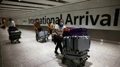 Βρετανία: Προς χαλάρωση των ταξιδιωτικών περιορισμών για τουρίστες από ΗΠΑ και ΕΕ