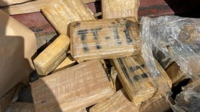 Φορτίο μαμούθ κοκαΐνης στο λιμάνι του Πειραιά - Κατασχέθηκαν 351 κιλά που εντοπίστηκαν σε κοντέινερ