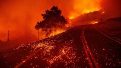 Τρομακτικές πυρκαγιές στην Καλιφόρνια - Νέες διακοπές ρεύματος