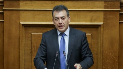Αντιπαράθεση στη Βουλή για το νομοσχέδιο με τα μέτρα στήριξης των εργαζομένων