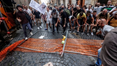 Ιταλία: Νέες κινητοποιήσεις στη Ρώμη κατά του πιστοποιητικού Covid-19 – Παρέμβαση της Lega