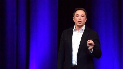 Ο Elon Musk (Tesla) παρουσίασε τους ρομποτικούς του «εργαζόμενους»