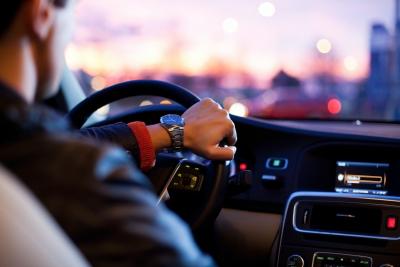 Ο Ευρωπαίοι οδηγοί διανύουν κατά μέσον όρο 12.000 χλμ. τον χρόνο - Πάνω από το 70% των ταξιδιών γίνονται με αυτοκίνητο