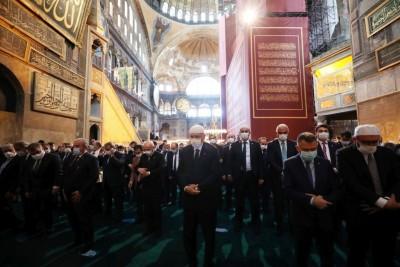 Νέα πρόκληση - Με εντολή Erdogan ανοιχτή 24 ώρες το 24ωρο η Αγία Σοφία για προσευχή