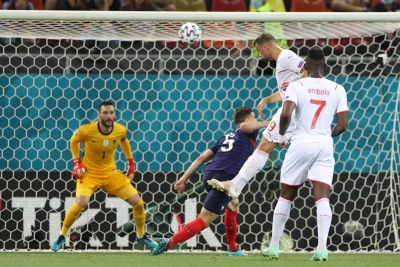 Γαλλία-Ελβετία 0-1: Ο Σεφέροβιτς «σοκάρει» τη Γαλλία στο 15'! (video)