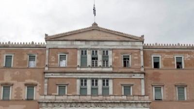 Βουλή: Σε ιδιαίτερα υψηλούς τόνους η συζήτηση επί της πρότασης δυσπιστίας κατά του Χρήστου Σταϊκούρα