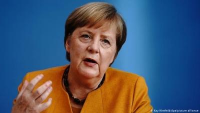 INSA: H αποχή της Merkel από την προεκλογική εκστρατεία αποτελεί κίνδυνο για το κόμμα της