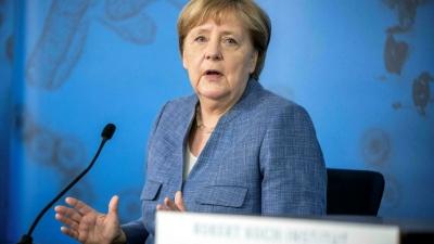 Merkel για Βαρώσια: Ήταν οπισθοδρόμηση αλλά δεν πρέπει να είναι αποθαρρυντικό - Ύμνοι για το μεταναστευτικό
