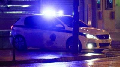 Άγριο επεισόδιο με πυροβολισμούς και τραυματισμούς σε νυχτερινό μαγαζί στο Περιστέρι