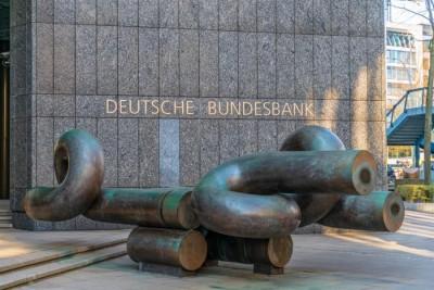 Παρά την εντολή της ΕΚΤ, η Bundesbank επιτρέπει σε γερμανικές τράπεζες να διανείμουν μέρισμα