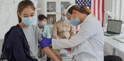 Γιατί οι Αμερικανοί λένε ψέματα και κάνουν από τώρα την τρίτη δόση του εμβολίου