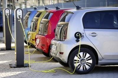 Ποια είναι τα ηλεκτρικά αυτοκίνητα που μπορώ να αγοράσω στην Ελλάδα;