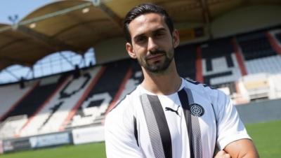Ποδοσφαιριστής του ΟΦΗ και επίσημα ο Ντουρμισάι!