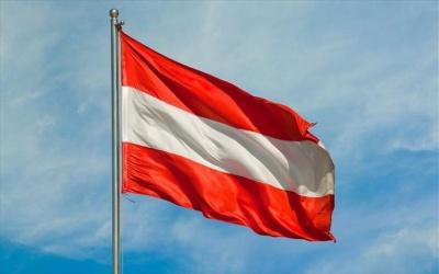 Αυστρία: Τέσσερις στους δέκα πολίτες της χώρας «βλέπουν» τη δημοκρατία σε κίνδυνο