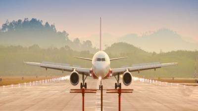 Αεροπορικές εταιρείες και tour operators επενδύουν στον ελληνικό τουρισμό