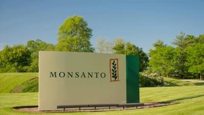 Γαλλικό δικαστήριο δικαίωσε για τρίτη φορά αγρότη κατά της Monsanto
