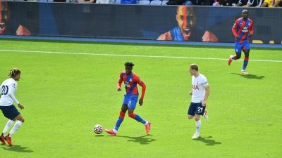 Κρίσταλ Πάλας - Τότεναμ 2-0: Ο Ζαχά βάζει μπροστά στο σκορ με πέναλτι τους γηπεδούχους και ο Έντουαρντ τελειώνει το ματς! (video)
