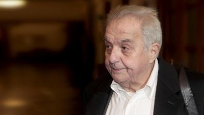 Φλαμπουράρης: Η Ελλάδα καταφέρνει να σταθεί μόνη στα πόδια της και να ξεφύγει από την επιτροπεία