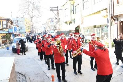 Μπάντα σε δήμο της Τουρκίας παίζει τον ελληνικό εθνικό ύμνο!