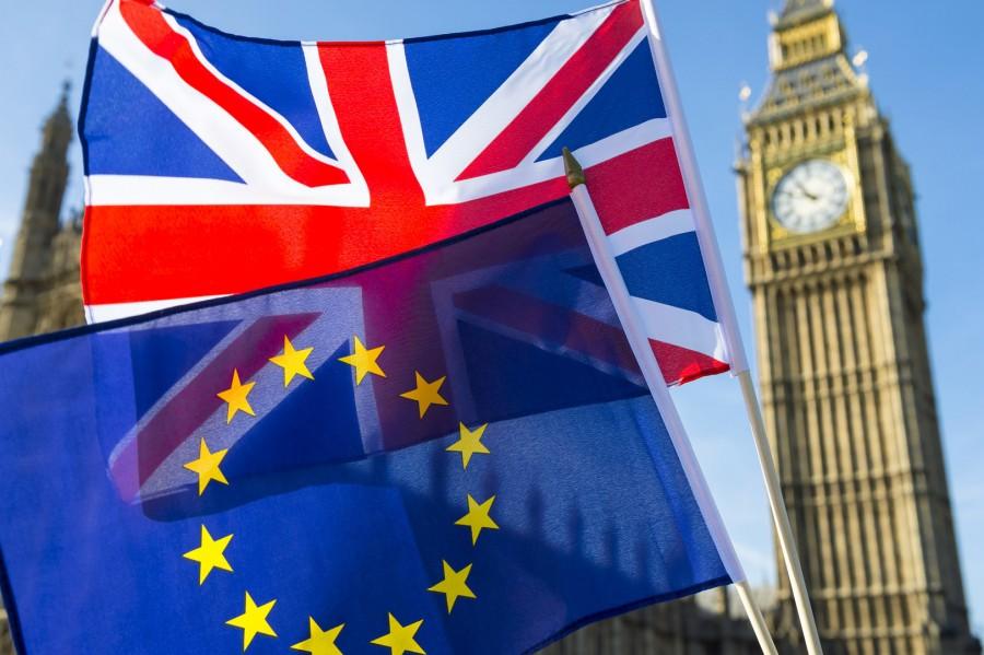 Βρετανία: Διγλωσσία για την εμπορική συμφωνία με την ΕΕ