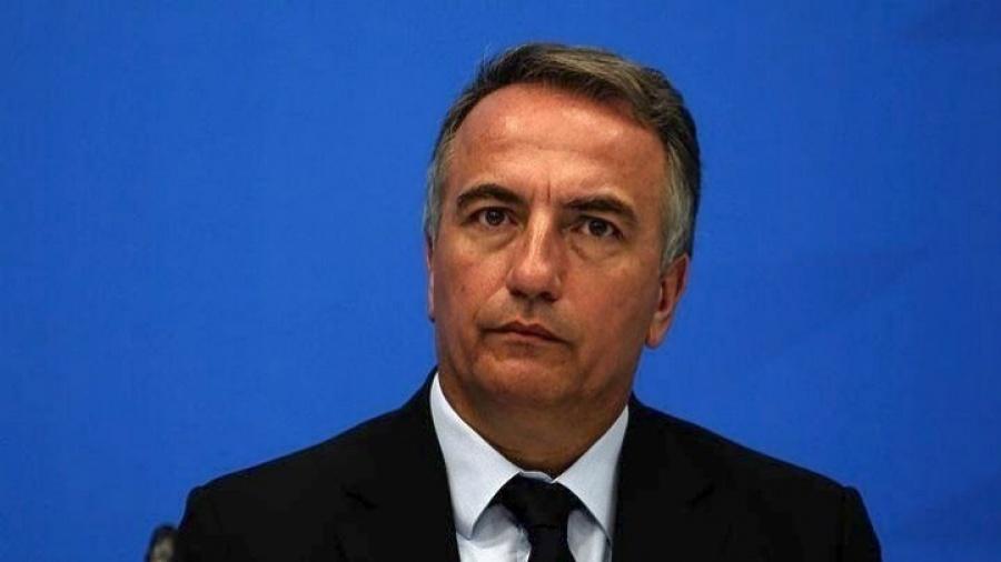 «Ταρίφα» 1000 στερλινών σε όσες εταιρείες προσλαμβάνουν αλλοδαπούς προτείνει Βρετανός υπουργός