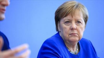Γερμανία: Το 54% δυσαρεστημένο με τη διαχείριση της πανδημίας από τη Merkel