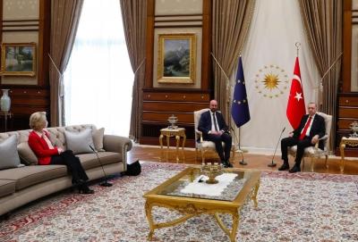 O Cavusoglu «δείχνει» τις Βρυξέλλες για το… sofa gate: Όλα έγιναν βάσει υποδείξεων πρωτοκόλλου της ΕΕ - Εξηγήσεις από Michel