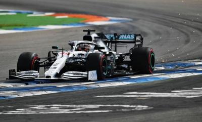 F1: O Hamilton θα ξεκινήσει από την pole position στο γερμανικό Grand Prix