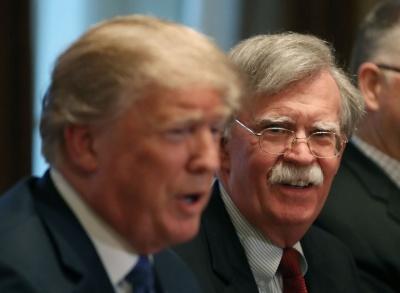 Ισχυρές οι αντιδράσεις για την αιφνίδια απόλυση του John Bolton από τον πρόεδρο Trump