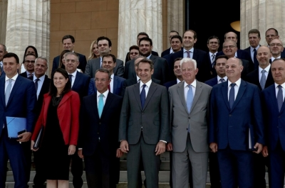 Προ των πυλών ο ανασχηματισμός – Κινητικότητα στο Μαξίμου, ο πρωθυπουργός κλείνει τις τελικές επιλογές για το νέο σχήμα