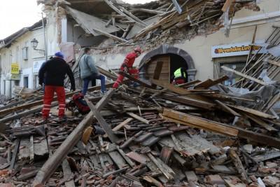 Έφτασε στην Κροατία η ελληνική αποστολή για να συνδράμει τους πληγέντες από τον σεισμό