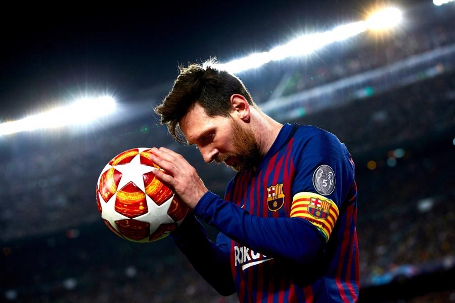 Τα παπούτσια του Messi πωλήθηκαν... 143.000 ευρώ!
