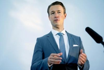 Blümel (ΥΠΟΙΚ Αυστρίας): «Συμμαχία ευθύνης» για επιστροφή στη δημοσιονομική πειθαρχία – Όχι σε «Ένωση Χρέους»