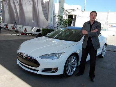 Κίνα: Η Tesla «παγώνει» τα σχέδια αύξησης παραγωγής στη Σαγκάη