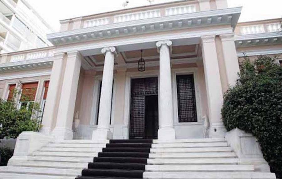 Ο Μητσοτάκης έχει 2 πλεονεκτήματα και 2 μειονεκτήματα – Για την αγορά αποτελεί καλύτερη επιλογή από τον Τσίπρα