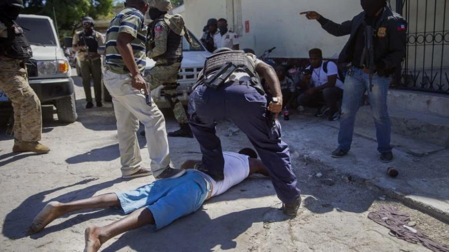 Πολύνεκρη απόδραση κρατουμένων – Νεκρός και ο διευθυντής της φυλακής στην Αϊτή