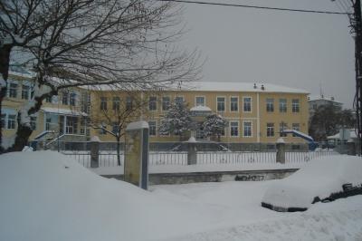 Ποια σχολεία θα παραμείνουν κλειστά αύριο (8/1) σε Αττική και Μακεδονία