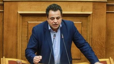Σαντορινιός (ΣΥΡΙΖΑ): Ο κ. Μηταράκης με ψεύδη βάζει σε κίνδυνο τον μειωμένο ΦΠΑ στα 5 νησιά του Αιγαίου