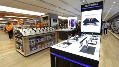 Ηγετική θέση της Samsung στο νέο υπερκατάστημα Public Golden Hall