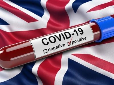 Μ. Βρετανία: Σε χαμηλό τριών εβδομάδων τα ημερήσια κρούσματα κορωνοϊού
