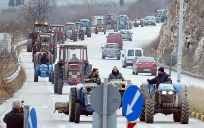 Θεσσαλία: Κινητοποιήσεις και μπλόκα στις εθνικές οδούς ετοιμάζουν οι αγρότες πριν από τα Χριστούγεννα